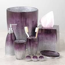 15 Elegant Purple Bathroom Accessories