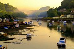 The River Looe, Cornwall, taken by Ryan Chu Looe Cornwall, Devon And Cornwall, Cornwall England, The Places Youll Go, Places To Visit, Places In Cornwall, Seaside Holidays, British Seaside, Down The River