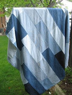 Creative Chicks: Denim Quilt  backed with twin sheet and didn't quilt or tie
