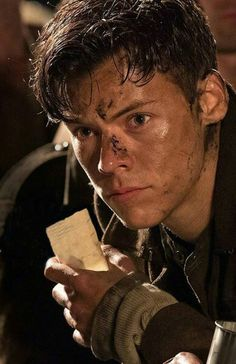 Harry styles ❤❤ one direction, dunkirk movie, dunkirk cast, dunkirk alex, Harry Edward Styles, Liam Hemsworth, Dunkirk Alex, Dunkirk Cast, Dunkirk Movie, Harry Styles Dunkirk, Harry 1d, Rebecca Ferguson, Harry Styles Pictures