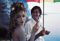Jerry Hall with Bryan Ferry on the shoot for Roxy Music's Siren cover in 1975.