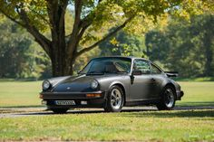 HistoriC Cars - Prodej Porsche 911 Carrera Coupe 1982