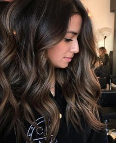 Are you going to balayage hair for the first time and know nothing about this technique? We've gathered everything you need to know about balayage, check! Hair Color Balayage, Hair Highlights, Ombre Hair, Balayage Hairstyle, Color Highlights, Brown Balayage, Haircolor, Brunette Hairstyles, Dark Brunette Balayage Hair