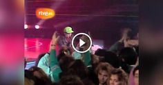 Jovanotti , nome d'arte di Lorenzo Costantino Cherubini , è un cantautore , rapper e disc jockey italiano . Diventa famoso alla fine degli anni ottanta , lanciato da Claudio Cecchetto