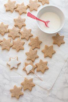 German Christmas Cookies, Christmas Time, Xmas, Cookie Box, Shortbread, Gingerbread Cookies, Food And Drink, Gluten Free, Cooking