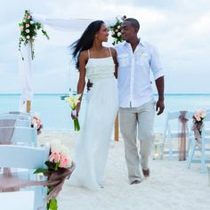 Discover Romantic Aruba