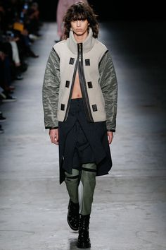 See the complete Rag & Bone Fall 2016 Ready-to-Wear collection.