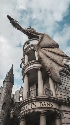 Draco Harry Potter, Harry Potter Tumblr, Harry Potter World, Images Harry Potter, Estilo Harry Potter, Mundo Harry Potter, Harry Potter Movies, Harry Potter Dragon, Harry Potter Universal