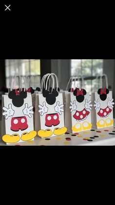 Minnie Mouse Theme, Mickey Mouse Birthday, 4th Birthday, Birthday Cards, Mickey Balloons, Mickey Mouse Wallpaper, Disney Cards, Welcome To The Party, Baby Disney