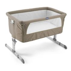 Chicco Next 2 Me is a small light weight and compact co-sleeping cot perfect for traveling or for use in the home. We love the Chicco Next 2 me Co Sleeper Bedside Bassinet, Baby Bassinet, Baby Cribs, Side Sleeping Crib, Sleeping Alone, Baby Play Yard, Baby Co Sleeper, Baby Next, Baby Bedding