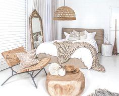 Chambre dans des teintes / matières naturelles