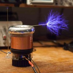 tinyTesla Musical Tesla Coil Kit. tinyTesla is a DIY mini musical Tesla coil kit that anyone can build. Once complete, tiny Tesla shoots 4 inch sparks (tiny lightning), plays music and wirelessly excites fluorescent tubes.