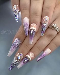 Spectacular Nail Design Ideas To Try Asap - Nail designs or nail art is a very simple concept - designs or art that is used to decorate the finger or toe nails. They are used predominately to en. Source by ayayoutfitsdotcom Dope Nails, Glam Nails, Fancy Nails, Stiletto Nails, Coffin Nails, Fancy Nail Art, Ongles Bling Bling, Bling Nails, Fabulous Nails