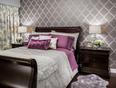 Love the wall!!!!!  9 Costly Decorating Mistakes to Avoid.
