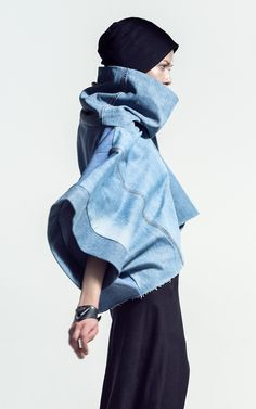 The most ecological fashion collection in the world recycle fashion MEM by Paula Malleus Outi Les Pyy Recycled Fashion, Recycled Denim, Recycled Clothing, Refaçonner Jean, Artisanats Denim, Denim Fashion, Fashion Outfits, Diy Clothes, Clothes For Women