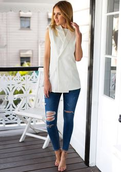 White Double-Breasted Sleeveless Blazer