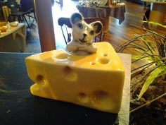 Adorable Vintage Mouse And Cheese Salt And by BentleyandMurray, $42.00