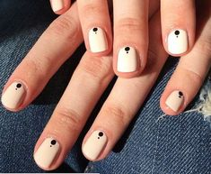 Have you heard of the idea of minimalist nail art designs? These nail designs are simple and beautiful. You need to make an art on your finger, whether it's simple or fancy nail art, it looks good. Easy Nails, Simple Nails, Cute Nails, Dot Nail Designs, Simple Nail Art Designs, Nails Design, Elegant Designs, Dotting Tool Designs, Salon Design