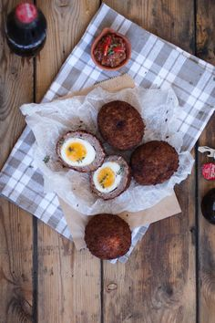 Taking a classic Scotch egg to new heights by wrapping in boerewors and crumbing with Panko. Deep-fried deliciousness with SA flavour. Perfect for a picnic! South African Dishes, South African Recipes, Picnic Snacks, Panko Crumbs, Scotch Eggs, Recipe Ratings, Dessert Recipes, Desserts, Good Food