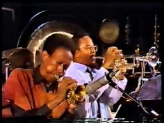▶ Sun Ra All Stars and the Sun Ra Arkestra with Archie Shepp Berlin 10/291983 - YouTube