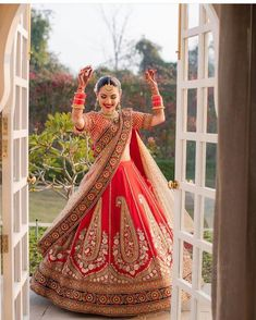 I just found out amazing Bridal Sabyasachi Lehenga Prices from his 2019 and 2018 collection. Check out 29 lehenga prices and gorgeous real bride pictures. Indian Bridal Outfits, Indian Bridal Fashion, Indian Dresses, Muslim Wedding Dresses, Bridal Dresses, Wedding Outfits, Sabyasachi Lehenga Bridal, Lehenga Wedding, Bollywood Lehenga