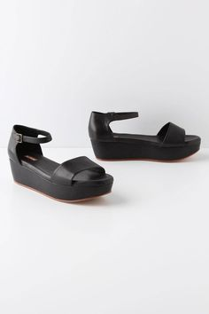 These flatforms could be worn with SO much! <3