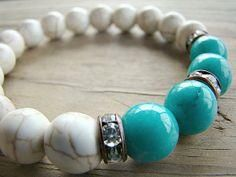 Turquoise and Magnesite Beaded Stretch Bracelet with Clear Rhinestone Spacer Beads Mais Turquoise Jewelry, Gemstone Jewelry, Beaded Jewelry, Jewelry Bracelets, Boho Jewelry, Jewellery, Jewelry Making Beads, Bracelet Making, Handmade Bracelets