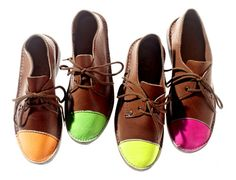 HOT - Neon - assembled, dyed, and crafted in Namibia by 8 men who turn out about 20 pairs of shoes a day, the neon caps keep up the summer trend on a timeless desert boot Toe Shoes, Shoe Boots, Women's Boots, Climbing Shoes, Wedge Flip Flops, Desert Boots, Mode Style, Stylish Men, Gq
