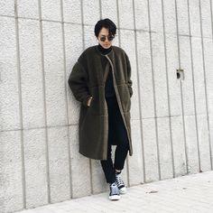 ダウンなしにインナーと靴下とタートルネックであったか作戦! Normcore, Style, Fashion, Swag, Moda, Fashion Styles, Fashion Illustrations, Outfits