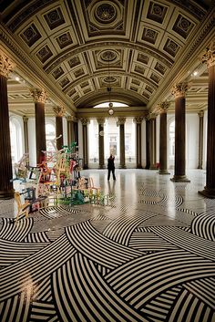 Glasgow Gallery of Modern Art, GOMA, Scotland, photo by Dave Appleby Edinburgh, Glasgow Scotland, Scotland Travel, Edinburg Scotland, Fairy Pools, Architecture Design, Amazing Architecture, Glasgow Architecture, Gallery Of Modern Art