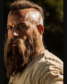 Who thinks Vin Diesel is killing it with the beard?   Visit…
