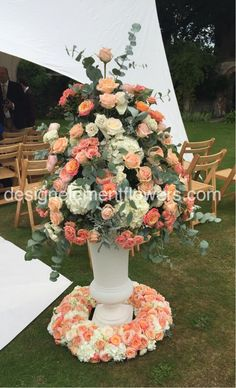 Stunning Peach and Ivory Pedestal