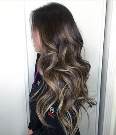 Perfectly painted Sunkissed Balayage by @teedoesmyhair by balayagedandpainted