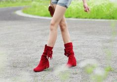 Many tees bowknot adornment-High Heels Boots High Heels Boots from stylishplus.com   <3 these
