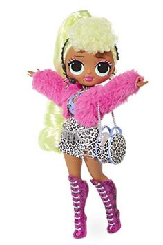 Unbox 20 surprises with L. fashion doll, Lady Diva, with stunning features and beautiful hair. Lady Diva is the big sister to fan favor Diva Fashion, Fashion Dolls, Lady, Garment Bags, Doll Stands, Lol Dolls, Swag Style, Just Dance, Strike A Pose