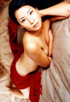 Lucy Liu by Antoine Verglas • 1999