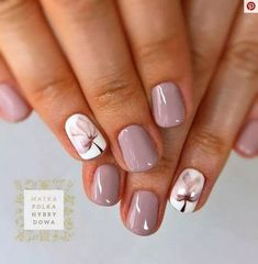 Nail art is a very popular trend these days and every woman you meet seems to have beautiful nails. It used to be that women would just go get a manicure or pedicure to get their nails trimmed and shaped with just a few coats of plain nail polish. Pink Nails, My Nails, Hair And Nails, Shellac Nails Fall, Stylish Nails, Trendy Nails, Classy Nails, Spring Nail Art, Super Nails