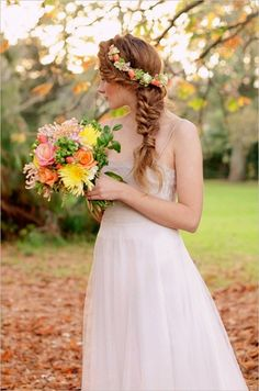 Now I want a autum wedding just to have that headband