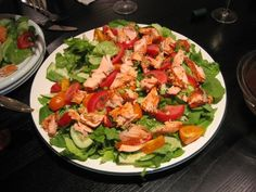 How about this --Wild caught Smoked Alaskan Salmon crumbled onto crisp lettuce with fresh vine-ripe tomatoes and garden cucumbers? Best Smoked Salmon, Smoked Salmon Recipes, Wine Recipes, Gourmet Recipes, Recipe Sheets, Sockeye Salmon, Recipe Using, Lettuce, Tomatoes