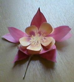 3D Flower Nature Crafts, 3d, Flowers, Royal Icing Flowers, Flower, Florals, Floral, Natural Crafts, Blossoms