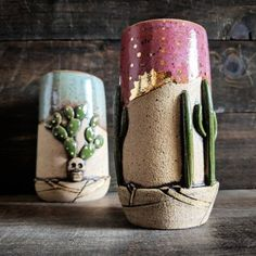 Modern Ceramics, Contemporary Ceramics, Ceramics Ideas, Ceramic Pots, Ceramic Pottery, Santa Paintings, Stemless Champagne Flutes, Paper Clay, Paper Mache