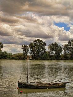 El río Guadalquivir, a su paso por Coria del Río.