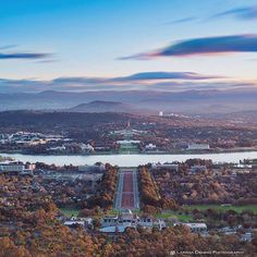 Canberra, from the lookout at the top of Mount Ainslie - showing the Australian War Memorial, Lake Burley Griffin, Anzac Parade and Parliament House (photo by @larissadening)