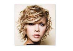 Cortes de pelo rizado corto para mujeres otoño/invierno 2014-2015: fotos looks | Ellahoy