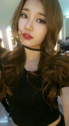Suzy (수지) is a South Korean actress and solo singer under Management SOOP. Suzy debuted as a member of MissA in March 2010 under JYP En. Korean Beauty, Asian Beauty, Miss A Suzy, Kdrama, Looks Chic, Bae Suzy, Beautiful Asian Women, Pretty Asian, Korean Actresses