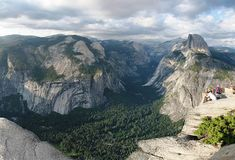 This is the spot that offers the best views of Yosemite's attractions.See more at http://survivallife.com/2015/11/06/yosemite-national-park-camping-survival-life-national-park-series/