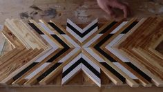 DIY mosaic home decor – Furniture plans Art Diy, Diy Wall Art, Wall Art Decor, Diy Furniture Videos, Diy Furniture Plans, Furniture Storage, Kitchen Furniture, Furniture Design, Wooden Wall Decor