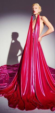 #Schiaparelli #Spring #2021 #Couture #Fashion #IvyIrish Red Fashion, Fashion 2020, African Fashion, Runway Fashion, Girl Fashion, Couture Fashion, Fashion Bible, Italian Fashion Designers, Couture Collection