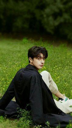 Handsome Actors, Handsome Anime, Cute Actors, Handsome Boys, Korean Boys Ulzzang, Cute Korean Boys, Asian Actors, Korean Actors, Song Wei Long