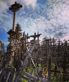 The Hill of Crosses, Šiauliai, Lithuania.  __________________________________  #tailormadeitineraries #willjourney #welltravelled #passportexpress #passionpassport #dametraveler #travel #vacation #wanderlust #travelblogger #worldplaces #travelling #explore #cryptic_aesthetic #romantic_darkness #graveyard_life #igw_sepulcrum #the_great_gothic_world #visitlithuania #baltics #baltictrip #balticcountries #travelbrag #thattravelblog #guardiantravelsnaps #lonelyplanet #bbctravel #bucketdreamers by…